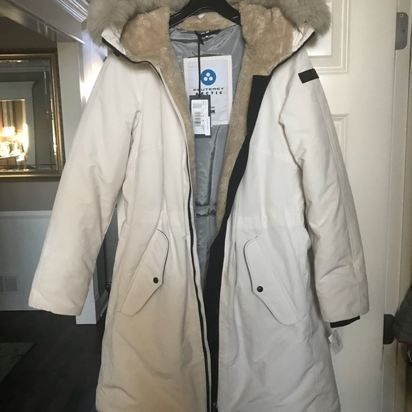 sports shoes 0c540 c0878 Peuterey Arctic Brand New Woman Parka Jacket NWT